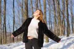 Zimy mody piękno zdjęcia royalty free