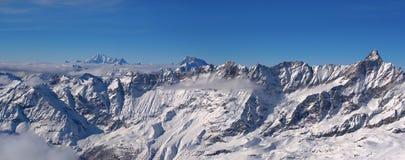 Zimy panorama wysocy Alps od Matterhorn Mont Blanc fotografia royalty free