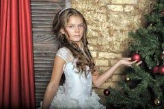 zimy princess przy choinką Zdjęcia Stock