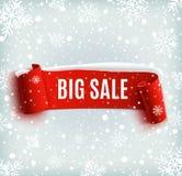 Zimy sprzedaży tło z czerwonym realistycznym faborkiem Fotografia Royalty Free
