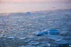 Zimy ssunset na morzu bałtyckim Zdjęcia Royalty Free