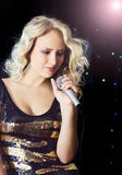 Zingende vrouw Royalty-vrije Stock Foto's