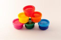 Zinn mit Farben Lizenzfreies Stockfoto