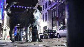 Zinneke Pis在布鲁塞尔,比利时 小便的狗 股票录像