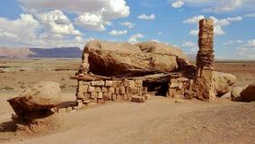 Zinnoberrote Cliff Dweller Home in Arizona Stockbilder