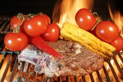 ziobro piec na grillu stek Zdjęcie Royalty Free