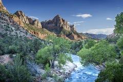 Zion Canyon bij Zonsondergang stock afbeeldingen