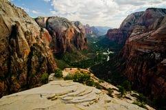 Zion Canyon som sett från änglar som landar på Zion National Park Royaltyfri Fotografi