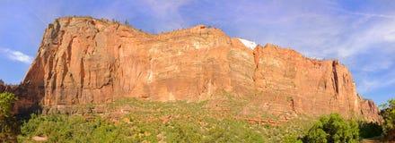 Zion escarpment royaltyfri fotografi