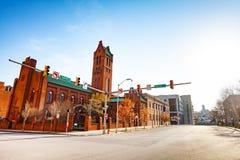 Zion Lutheran Church contra o céu azul, Baltimore imagens de stock