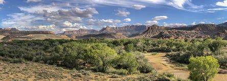 Zion National Park é um parque nacional americano situado em Utá do sudoeste perto da cidade de Springdale foto de stock royalty free