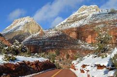 Zion National Park in Winter2: Viste della strada principale 9 verso Kanab, Uth fotografia stock libera da diritti