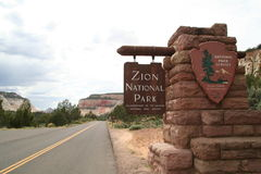 Zion Nationalparkzeichen Stockfotos