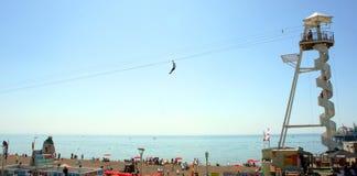 Zipline na Brighton plaży, Sussex, Anglia zdjęcia stock