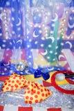 Zirkuskonzeptmetaphererholung-Clownausrüstung Lizenzfreies Stockfoto