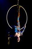 Zirkusseiltänzerfrau Lizenzfreie Stockfotos