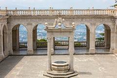 Zisterne im Kloster von Bramante, Benediktinerabtei von Montecassino Italien Stockbild
