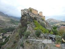 Zitadelle auf felsigem Vorgebirge Stockbild