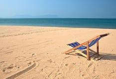 Zitkamer op het strand Stock Afbeeldingen