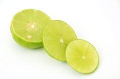 Zitrone auf einem weißen Hintergrund stockfotos