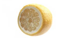 Zitrone auf einem weißen Hintergrund Stockbild