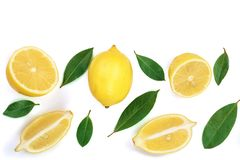Zitrone auf weißem Hintergrund mit Kopienraum für Ihren Text Flache Lage, Draufsicht Stockbild