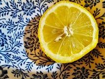 Zitrone in der chinesischen Beschaffenheit lizenzfreie stockfotos