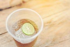 Zitrone im Glas Lizenzfreie Stockfotografie