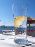 Zitrone im Glas Stockfotos