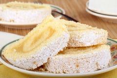 Zitrone-Kuchen-Rollennahaufnahme Lizenzfreie Stockbilder
