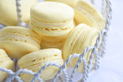 Zitrone macarons Lizenzfreies Stockfoto
