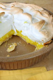 Zitrone-Meringe-Torte Stockfoto