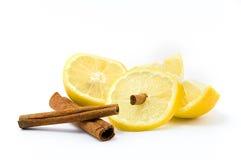 Zitrone mit Zimt Stockfoto