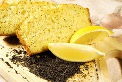 Zitrone-Mohn-Brot Stockfotos