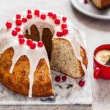 Zitrone Poppy Seed Bundt Cake stockfotografie