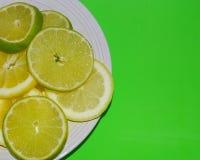 Zitrone- und Kalkscheiben Lizenzfreie Stockbilder