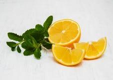 Zitrone und Minze Stockfotos