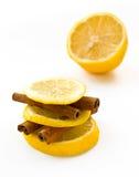 Zitrone und Zimt Stockbild