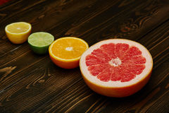 Zitronen, Orangen und Kalke Stockfotografie