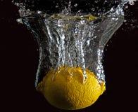 Zitronen-Spritzen Lizenzfreie Stockbilder