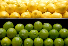 Zitronen und Kalke Lizenzfreies Stockfoto