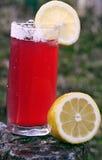 Zitronen- und Kirschgetränk Lizenzfreie Stockfotos