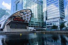 Zitronengelbe Kaistation - London Stockfotografie