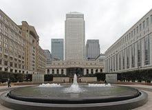 Zitronengelber Kai London Stockfotos