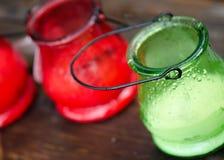 Zitronengras-Kerze im Regen Stockfotografie