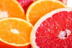 Zitrusfrüchte: Orange, Pampelmuse und Zitrone Stockfotos