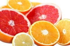 Zitrusfrüchte: Orange, Pampelmuse und Zitrone Stockbild