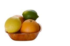 Zitrusfrucht auf der Platte Stockbild