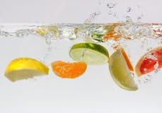 Zitrusfrucht-Spritzen stockfotos