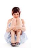 Zittende jonge sensuele vrouw Stock Fotografie